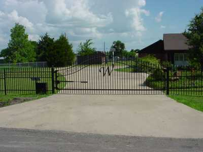 We make all types of gates.